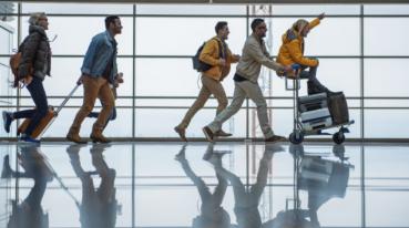 Grupo de pessoas indo viajar