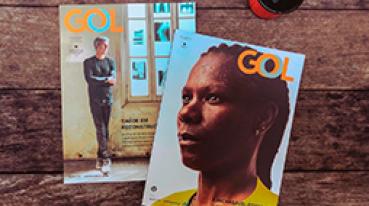 Imagen de dos revistas GOL